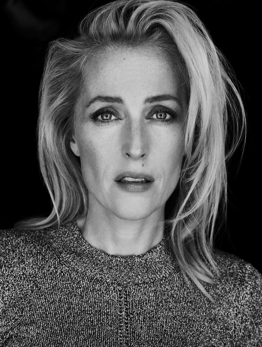 Editorial_Gillian_Anderson_Jenny_Hands_05