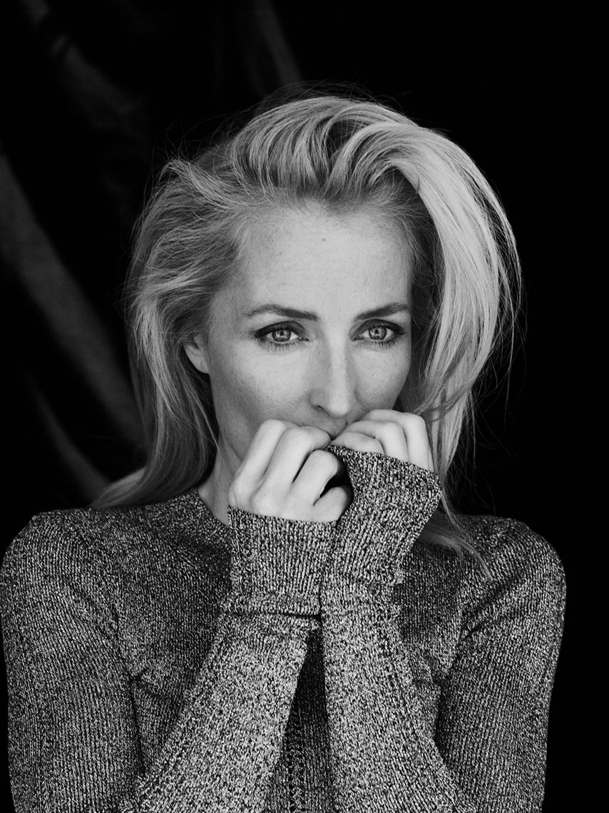 Editorial_Gillian_Anderson_Jenny_Hands_06