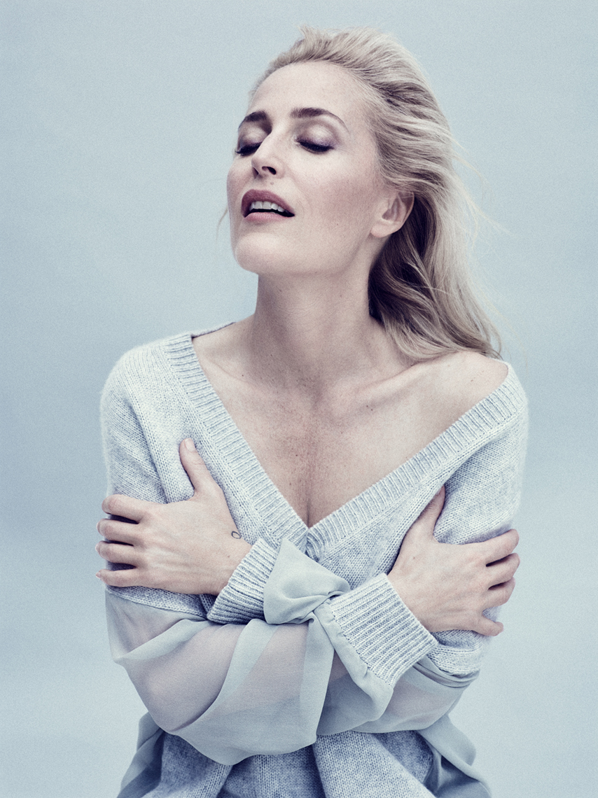 Editorial_Gillian_Anderson_Jenny_Hands_10