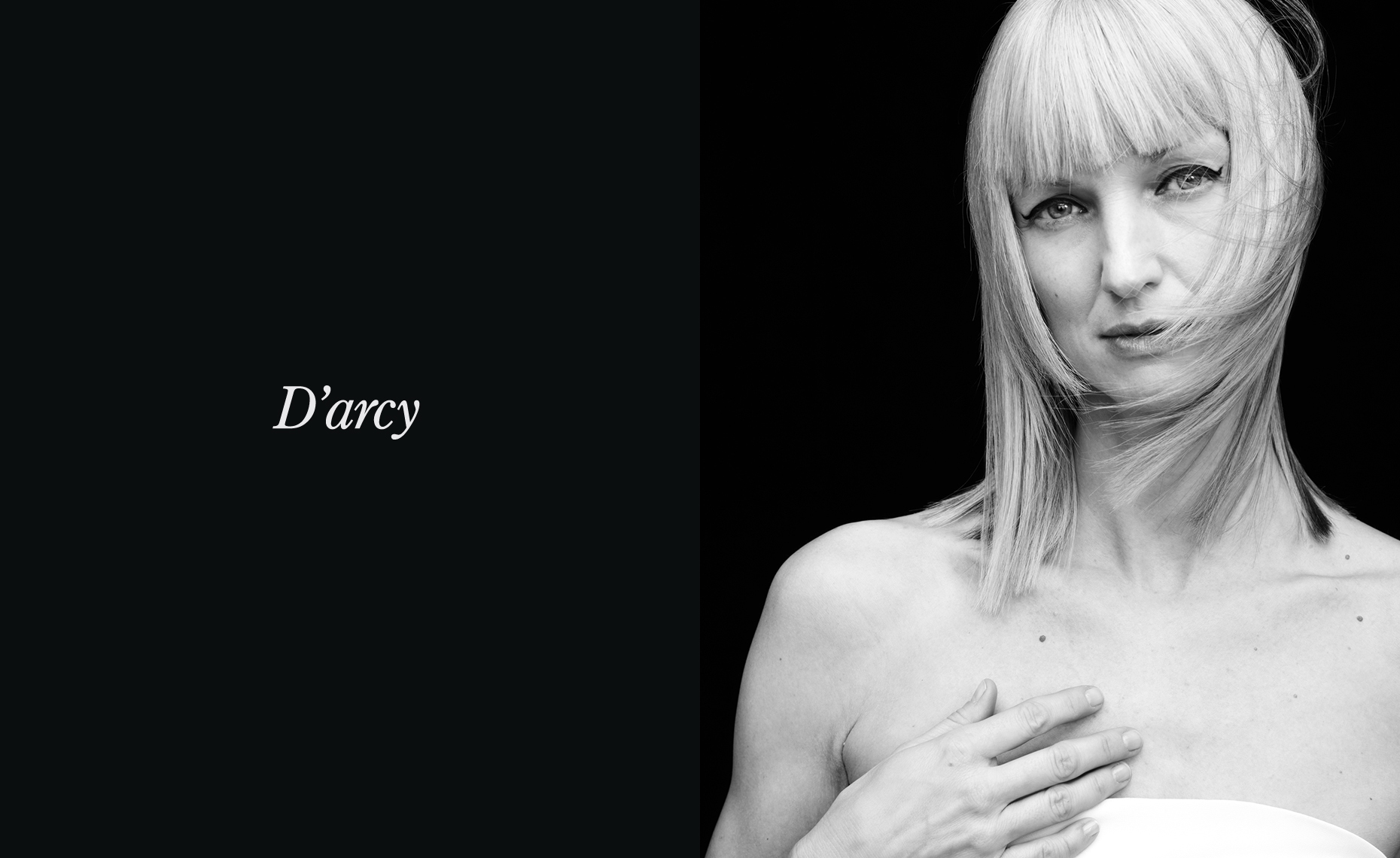 UnRetouched_Project_Darcy_Jenny_Hands
